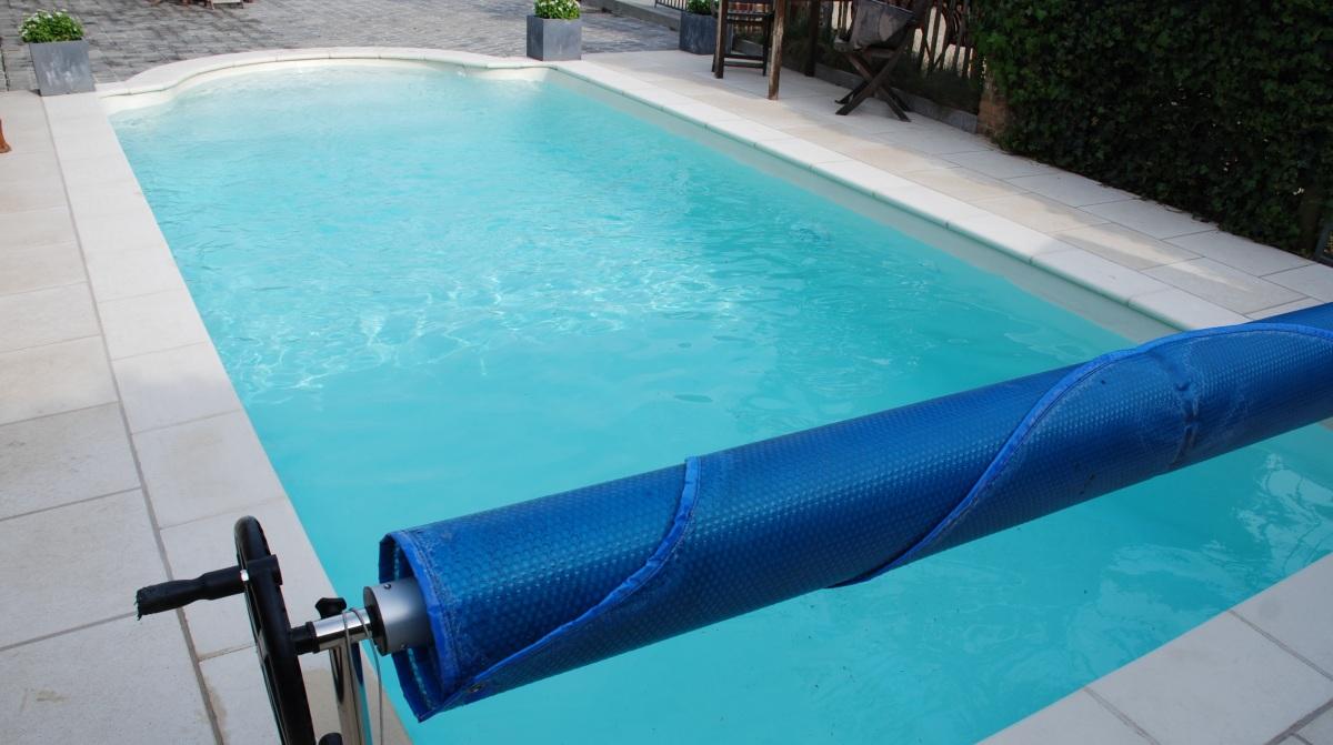 Zwembad Polyester Gebruikt.Leg Zelf Je Prachtig Droomzwembad Aan In Polyester